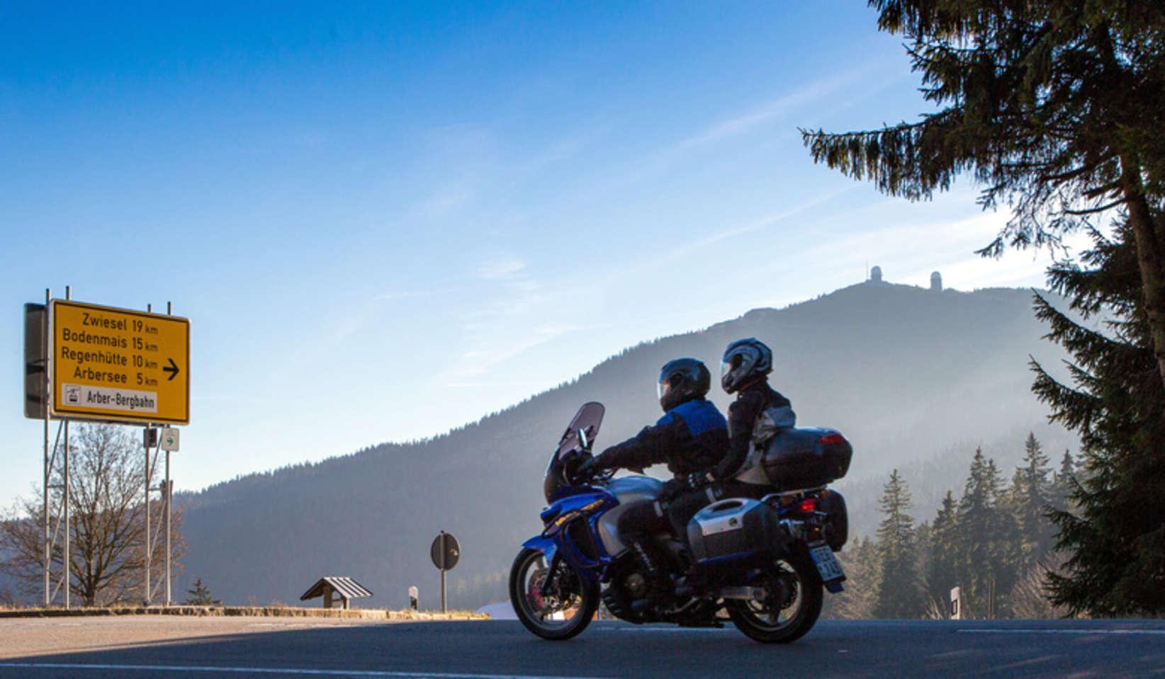 Mit Dem Motorrad Unterwegs Im Arberland